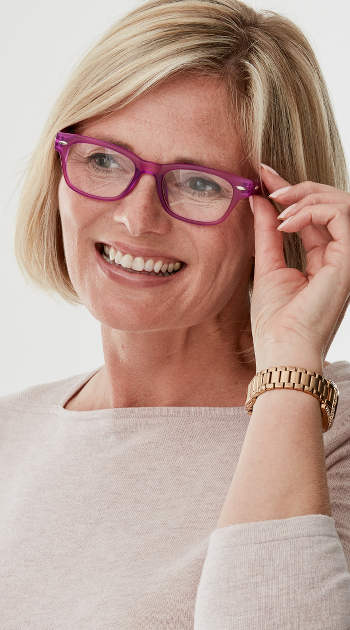 Woody (Pink) Retro Reading Glasses - Thumbnail Model Image