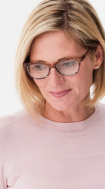 Brooklyn (Tortoiseshell) Cat Eye Reading Glasses - Thumbnail Model Image